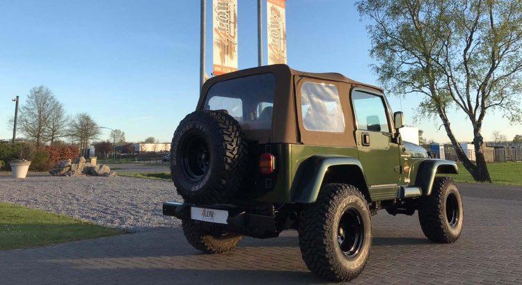 Knappe Jeep Wrangler TJ Sahara uitvoering VERKOCHT