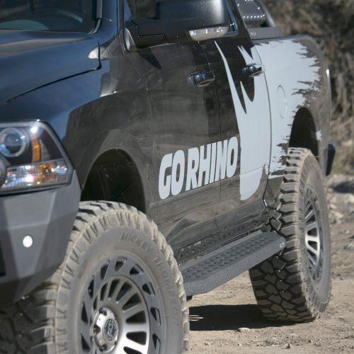 Go Rhino sidesteps RB20 met beschermede coating - Jeep Wrangler JK 2 deurs