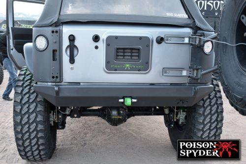 POISON SPYDER achterbumper BFH II met beugellipjes en trekhaak - Jeep Wrangler JK
