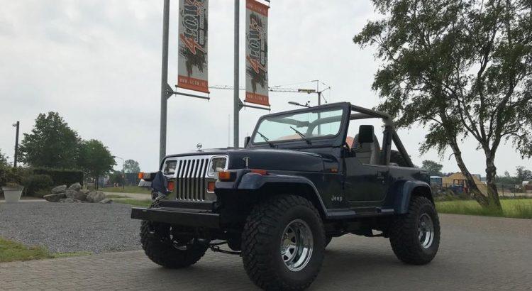 Jeep Wrangler YJ V8 SHOWCAR gereserveerd