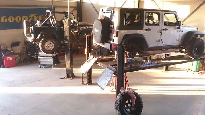 4low werkplaats budel | Jeep